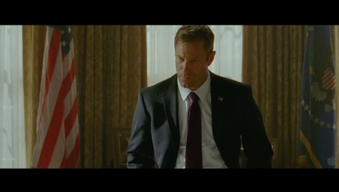 Olympus Has Fallen - Aaron Eckhart Looks Like a Politician