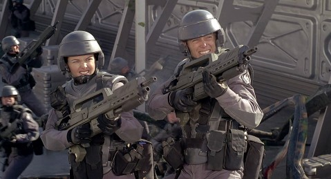 Starship Troopers - Shooting bugs