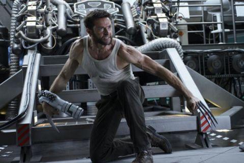The-Wolverine-Wolverine-fighting-Silver-Samurai