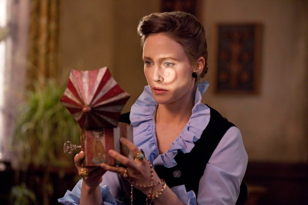 the-conjuring-mirror-box