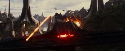 thor-the-dark-world-escaping-asgard