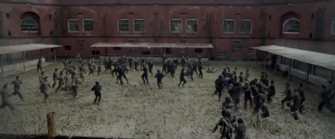 The-Raid-2-muddy-prison-fight