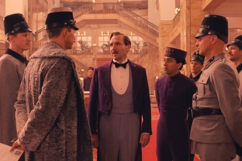 Grand-Budapest-Hotel-lobby-arrest